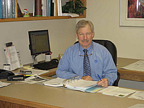 "VCA Green Vice President Charles ""Russ"" Russell enjoys sharing his 30-plus years of experience with team members."